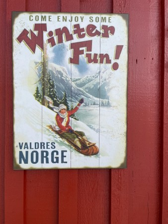 Vintages treskilt 43x58 VALDRES WINTER FUN